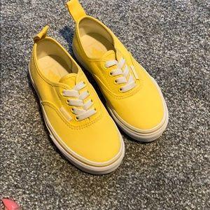 Brand new toddler yellow vans !!